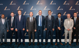 Gulf Air CEO Receives New CEO of Thales InFlyt Experience